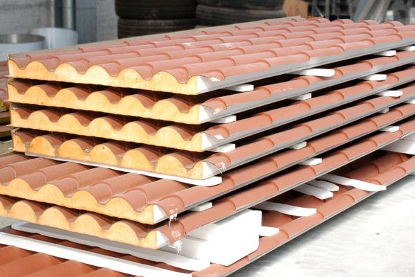Mobili lavelli costo pannelli coibentati per tetti for Pannelli finto coppo prezzi